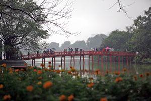 Tin thời tiết Hà Nội ngày 4/5: Tố lốc, mưa đá nhiều khu vực