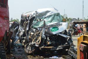 4 ngày nghỉ lễ, mỗi ngày xảy ra gần 38 vụ tai nạn giao thông