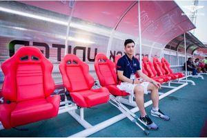 """""""Soái ca"""" của bóng đá Thái """"đốn tim"""" fan nữ"""