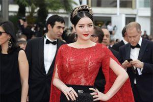 Trang phục gây choáng của Lý Nhã Kỳ qua mỗi kỳ LHP Cannes
