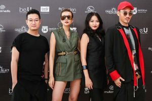 Lý Quí Khánh 'quỳ lạy' Thanh Hằng trao cơ hội cho thí sinh Vietnam's Next Top Model