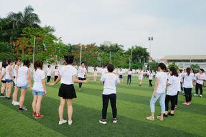 Lần đầu tiên teen 12 Chuyên Nguyễn Huệ tại Huế được đón Lễ trưởng thành