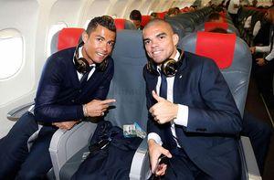 Ronaldo và dàn sao Real Madrid đã đặt chân đến Milan