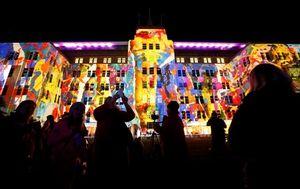 Rực rỡ lễ hội ánh sáng Vivid Sydney