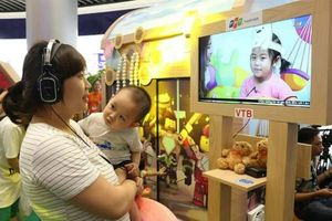 Hàng nghìn lượt trẻ em tham gia sự kiện 'Lâu đài kỳ diệu' của Truyền hình FPT