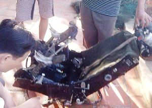 Ngư dân vớt được ghế ngồi nghi của máy bay Su-30MK2