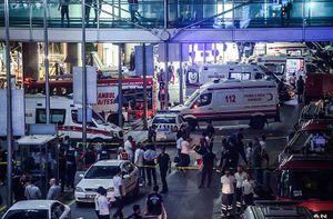 Bất ngờ loại súng quân khủng bố dùng tấn công sân bay Thổ