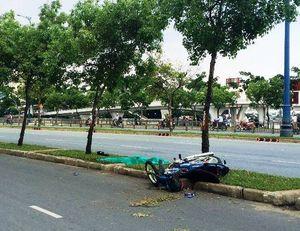 Tự ngã xe máy, 1 người chết