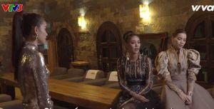 The Face: Phạm Hương 'đe dọa' Hà Hồ, Lan Khuê bật khóc căm phẫn