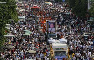 Hàng nghìn người dự đám tang nhân vật đối lập bị ám sát ở Campuchia