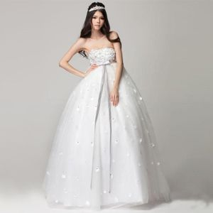Váy cưới đủ 3 tiêu chí đẹp, thoải mái, gọn gàng cho cô bầu bí tự tin tỏa sáng