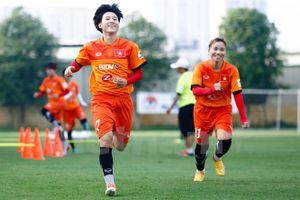 Đội tuyển nữ Việt Nam giành chiến thắng 14-0 trước Singapore