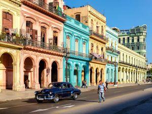 Ghé thăm những thành phố quy tụ nhiều nhà cửa màu mè nhất