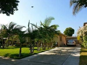 Nhà vườn ở Mỹ của Quang Lê rợp bóng trái cây Việt