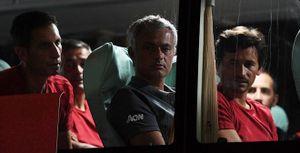 Man United và Mourinho buồn thiu khi rời Trung Quốc