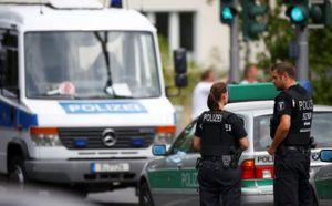 Bệnh nhân bắn bác sĩ rồi tự sát ở Đức