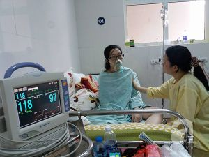 Người mẹ ung thư từ chối điều trị để cố sinh con đã từ trần