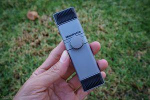 Trên tay Manfrotto TwistGrip: Kẹp điện thoại bằng nhôm, thiết kế độc đáo, làm tại Ý, giá 50$