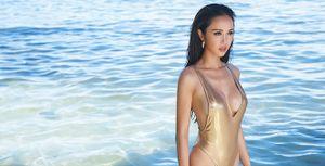Vũ Ngọc Anh khoe dáng nóng bỏng với bikini tự thiết kế