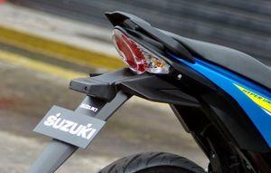 "Suzuki Việt Nam tung Raider 150 FI ""đấu"" Honda Winner"