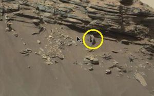 Cổng thành kỳ lạ trên sao Hỏa gây xôn xao
