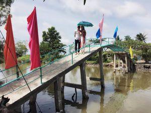 Loạt sao lên tiếng khi vợ chồng Thủy Tiên – Công Vinh bị 'ném đá'