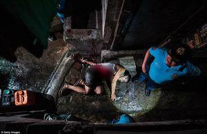 """Rùng mình những """"phiên tòa không phán xét"""" các tội phạm ma túy Philippines"""