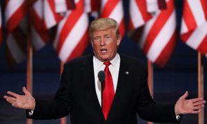 Donald Trump bị kẹt trong thang máy trước giờ phát biểu