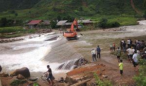"""Làm rõ thông tin Lào Cai sập mỏ vàng, 18 người chết, bị """"cô lập"""""""