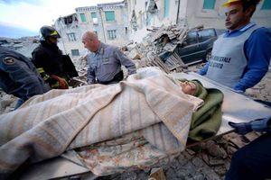 Hình ảnh động đất làm 38 người chết, phá hủy nửa thị trấn ở Italy