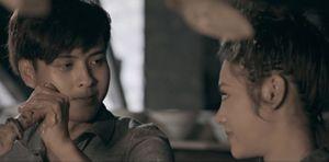 Bạn gái xinh như hoa trao thân cho đại gia, Hồ Quang Hiếu tuyệt vọng