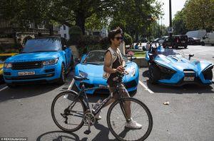 """Bộ ba xe """"tông xuyệt tông"""" khoe sắc trên khu phố xa hoa bậc nhất London"""