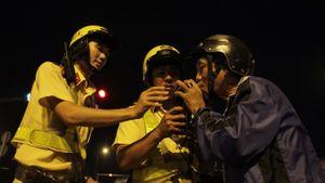 'Ma men' đủ chiêu chống cảnh sát
