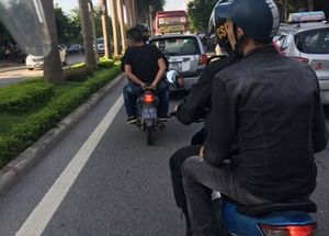 Hà Nội: CSCĐ bắt đôi nam nữ tàng trữ ma túy