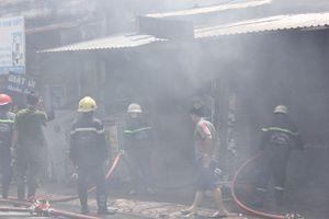 TP.HCM: Cháy lớn tại Phan Huy Ích toàn bộ như bị thiêu rụi