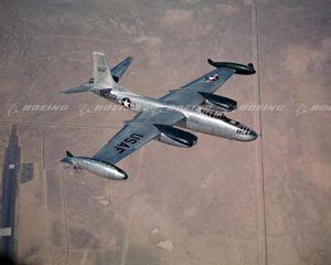 B-45 Tornado – Máy bay ném bom phản lực đầu tiên của Mỹ có gì?