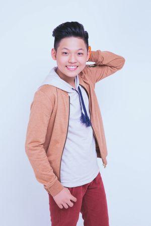 Mai Chí Công (The Voice Kids) điển trai khó cưỡng ra mắt ca khúc đầu tay