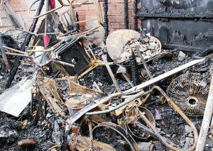 Cháy nhà 6 người chết ở Cà Mau do chạm mạch điện xe máy