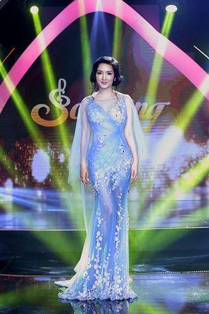 Hoa hậu Giáng My biến hóa lộng lẫy đẹp tựa nữ thần