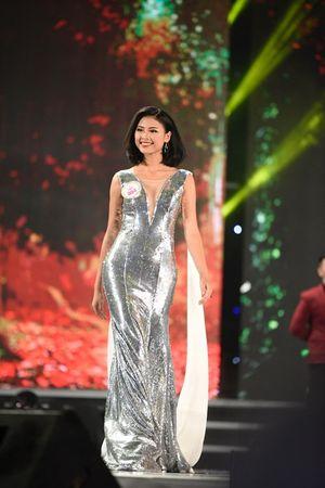 Đào Thị Hà lọt top 5 Chung kết Hoa hậu Việt Nam