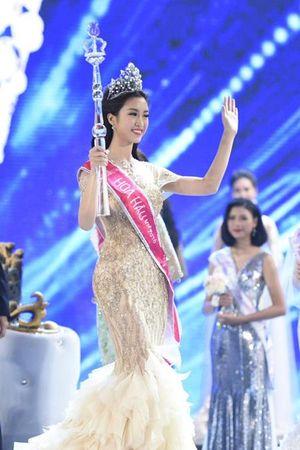 Cận cảnh mặt mộc khi không son phấn của tân Hoa hậu Đỗ Mỹ Linh