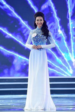 Vẻ đẹp nóng bỏng của tân Hoa hậu Việt Nam 2016 Đỗ Mỹ Linh