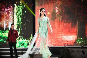 Chân dung Á hậu 2 cuộc thi Hoa hậu Việt Nam 2016