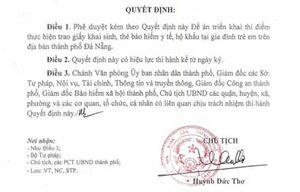 Đà Nẵng: Thí điểm trao giấy khai sinh và bảo hiểm y tế tận nhà cho trẻ em mới chào đời