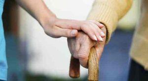 Khám mắt chẩn đoán được bệnh Parkinson