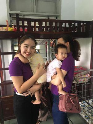 Vợ hotgirl Đà Nẵng được chồng 'soái ca' tặng xe 7 tỷ