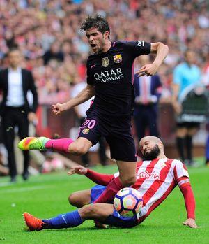 Suarez, Neymar thay nhau lập công, Barca quên Messi trong ngày đại thắng Gijon
