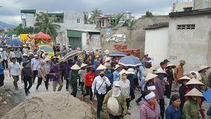 Hàng nghìn người tiễn đưa 4 nạn nhân xấu số vụ thảm án