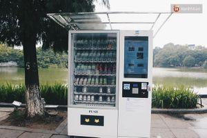 Clip: Trải nghiệm máy bán hàng tự động quanh hồ Gươm