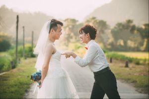 Bộ ảnh cưới hoán đổi vị trí của đôi trẻ yêu nhau 7 năm